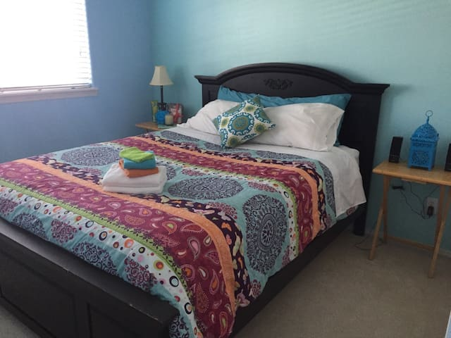 Heart of Bethany-Female Guests Only - Beaverton - House