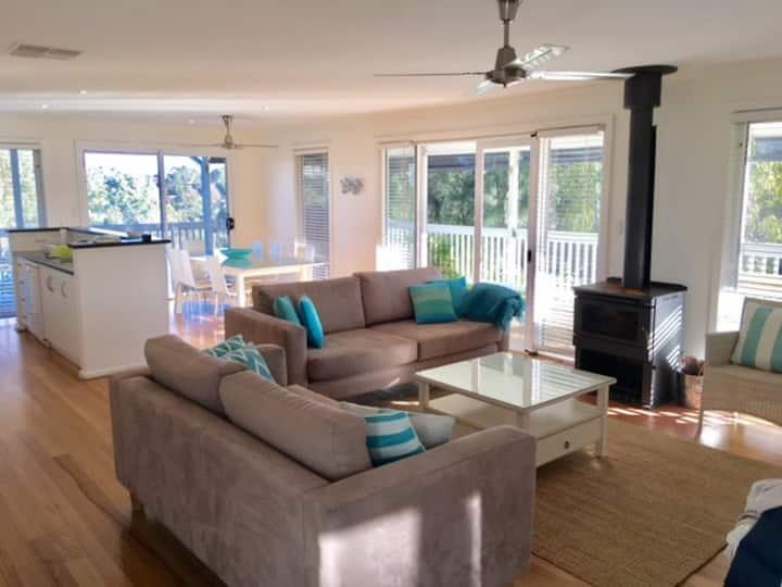 Port Willunga,  Elanora, 4 bedroom beach retreat