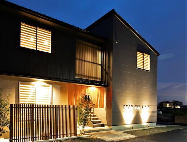 [新築]関空5分/りんくうタウン駅徒歩9分/4ベッド貸切/最大6名/Wi-Fi