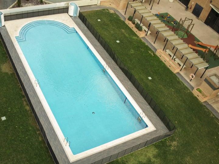 ApartUP Aquarium City. WiFi + PKG + Pool + AACC