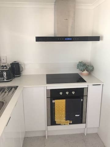 Modern Granny Flat in Central Gold Coast