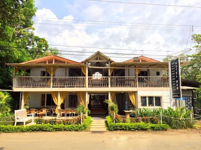 Hotel MyM Beach House