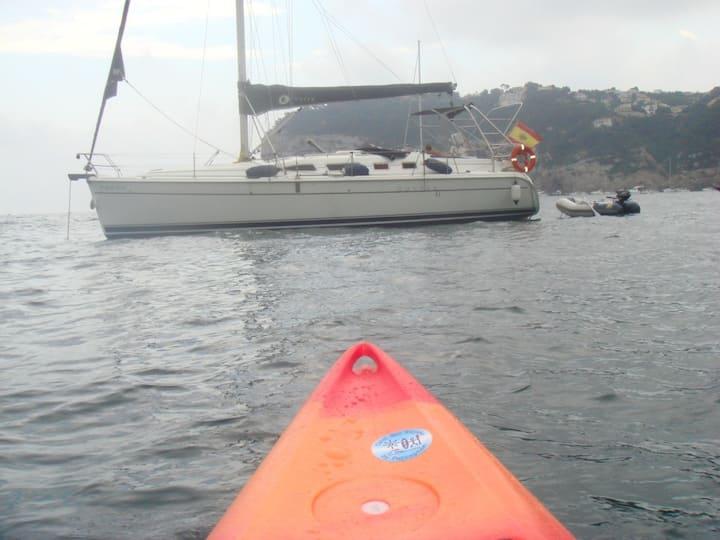 Alojamiento en velero y dias de mar y pesca