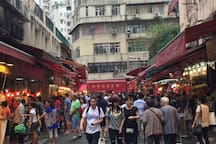 """120"""" Theatre 3BR 2Bath 4mins MTR Wan Chai HKCEC"""