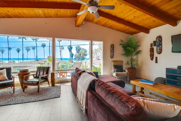 Prime La Jolla Shores Location! Amazing views, outdoor living & hot tub!