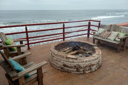 K38 Oceanfront Home + Cosmic STARGAZERS Suite