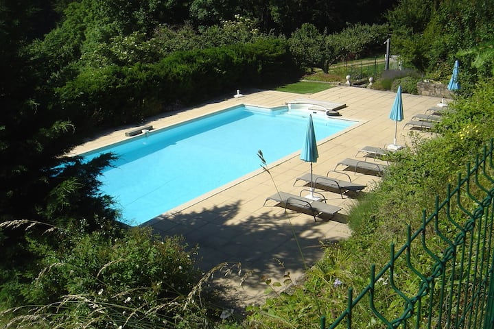 Beautiful Apartment in Saint-Prix with Swimming Pool
