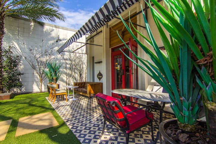 The Parlor On Lamar - Austin - Apartment