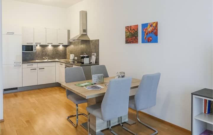 Nice apartment in F-8344 Bad Gleichenberg with WiFi and 1 Bedrooms