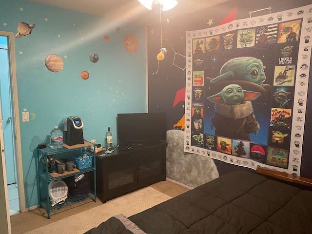 Private queen room (shared bath) STAR WARS THEMED