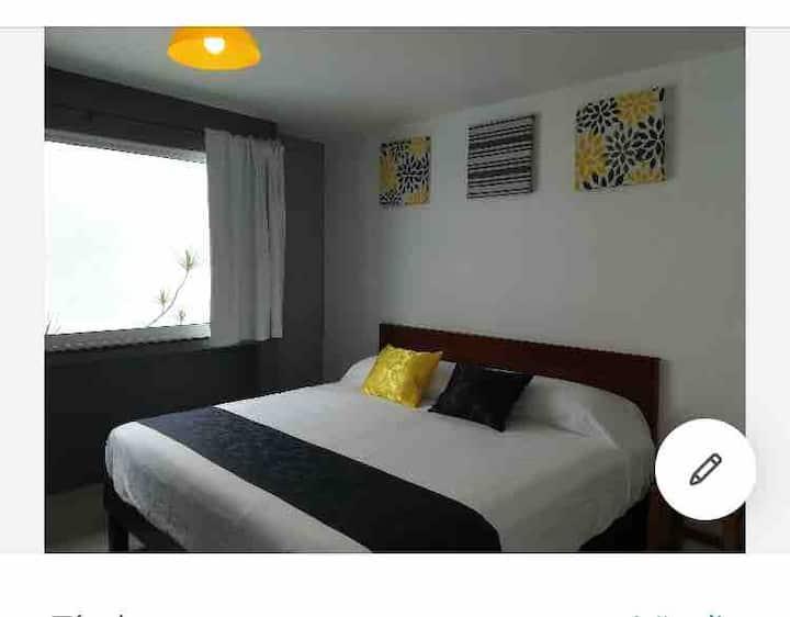 Suite 5 Coatepec centro. Cama king size. 2 pers.