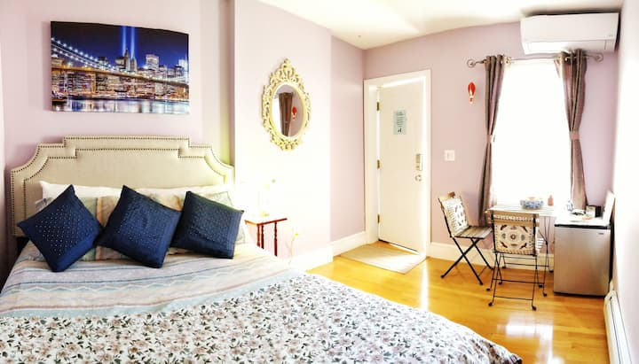 COVID-Safe: Private Room & Entry w/ Parking Spot