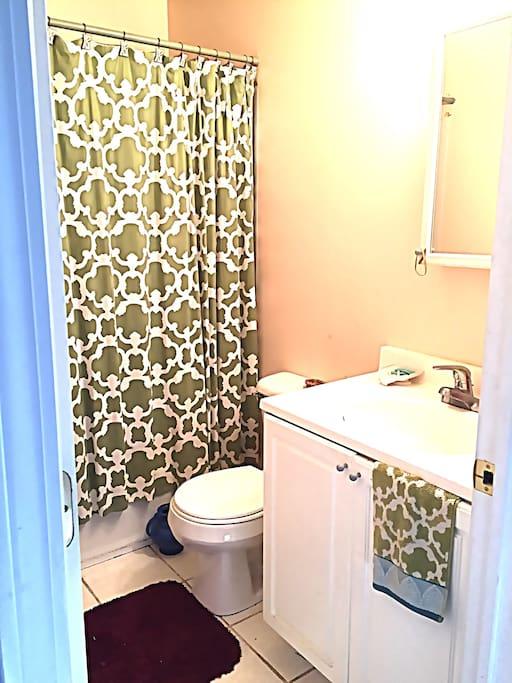 Bathroom - single share