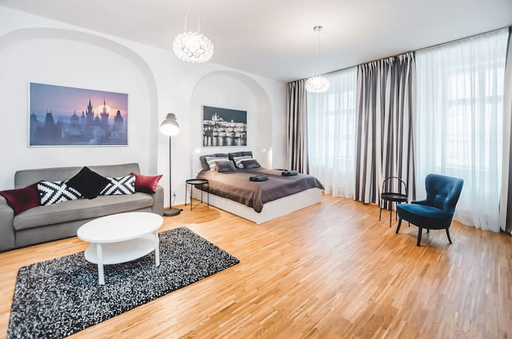 OLD TOWN LUXURY FLAT!PRAGUE 1!NEW!