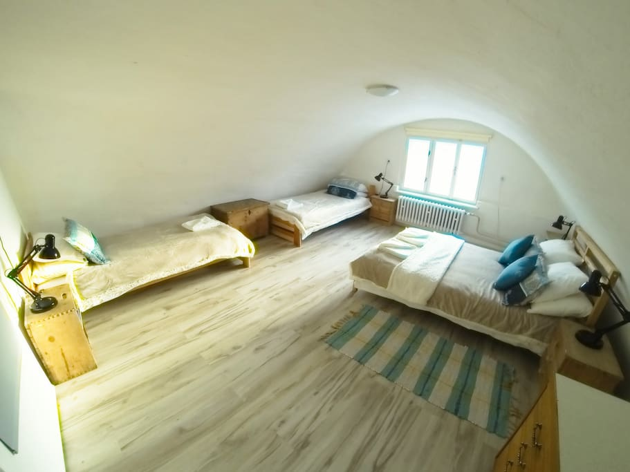 the Jasna room