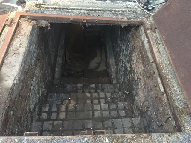 500 year old Haunted Cellar - - Shrewton