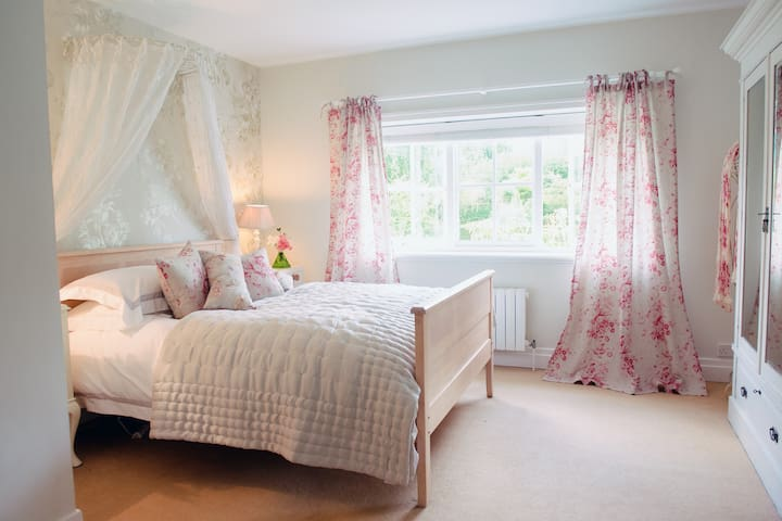 Two comfortable rooms in Suffolk Country House - Suffolk - Haus