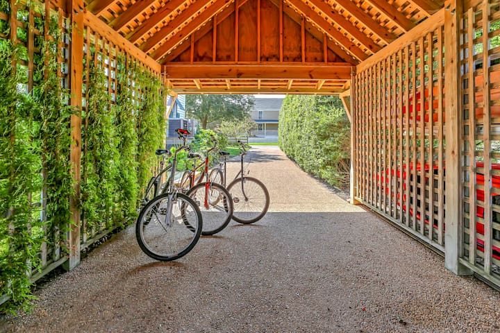 Explore via bikes and kayaks, available for rent nearby!