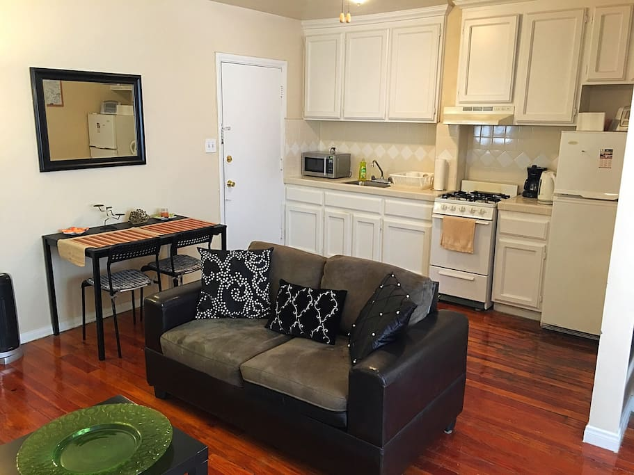 charming art deco studio apartments for rent in los