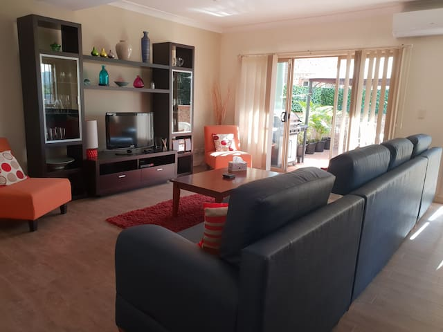 Executive Townhouse in East Gosford