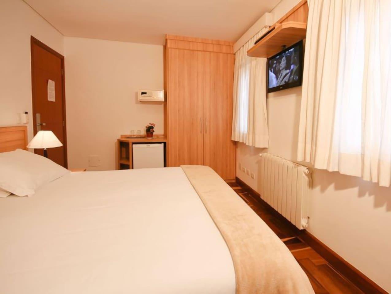 Luxo com Hidromassagem Apartamento (1).jpg