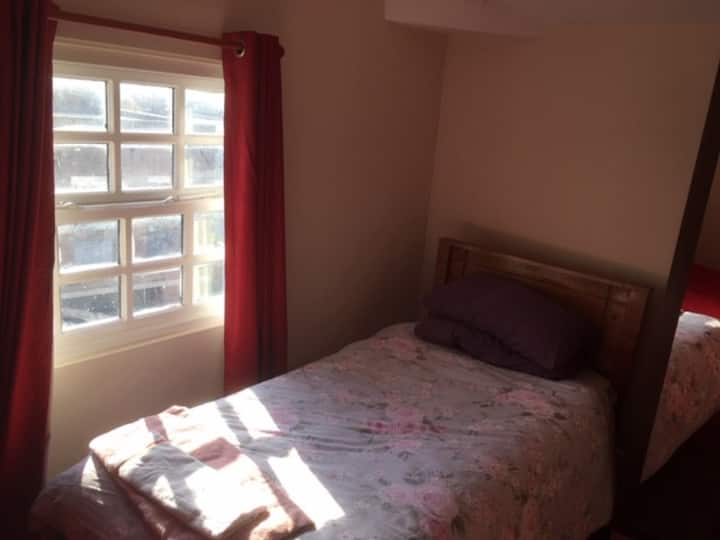 Great Value City Centre Room with Breakfast
