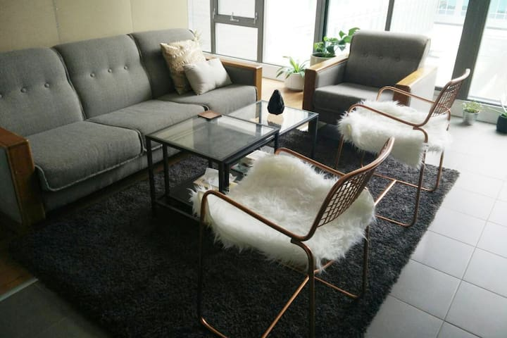 Immaculate 1 bedroom in the heart of downtown - Toronto - Apartamento