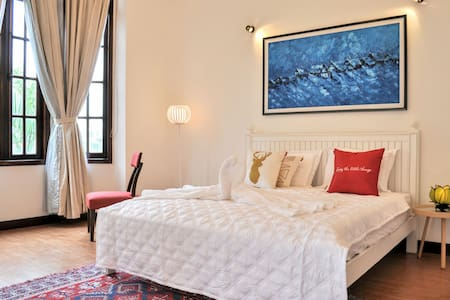Super host New Boutique Villa &5 SENSE EXPERIENCE - ho chi Minh city