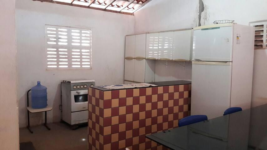 Casa em Galinhos-RN, próximo à praia e ao centro.