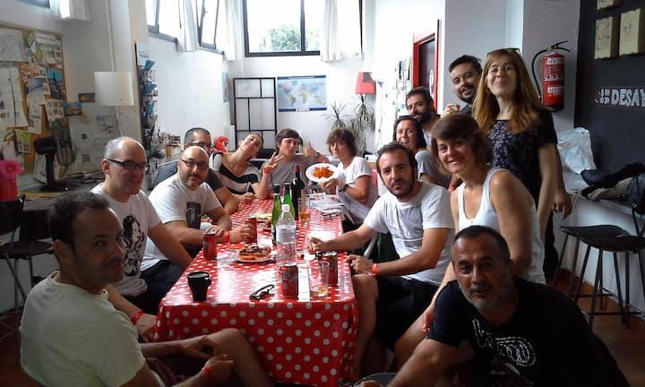 Hostel entero privado para 20 personas en Deusto!
