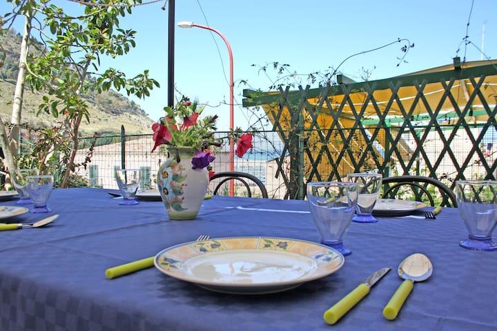 La veranda sul mare. WiFi free ADSL - Castellammare del Golfo - Dům