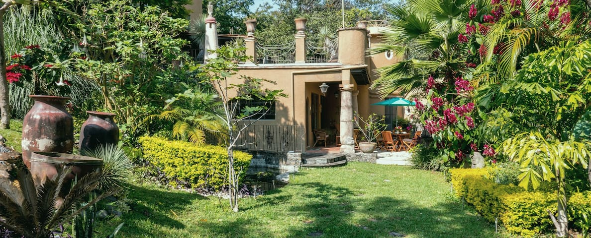 Charming house fully equipped ideal for a couple - Tepoztlán - Banglo