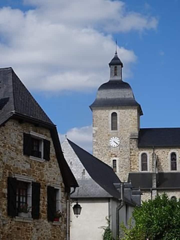 Maison au coeur du village, en vallée d'Ossau