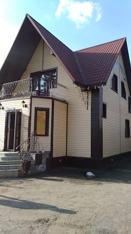 """Гостевой дом """"УЮТ"""""""