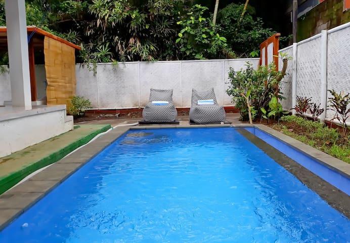 White Creative Villa Campuhan Ubud