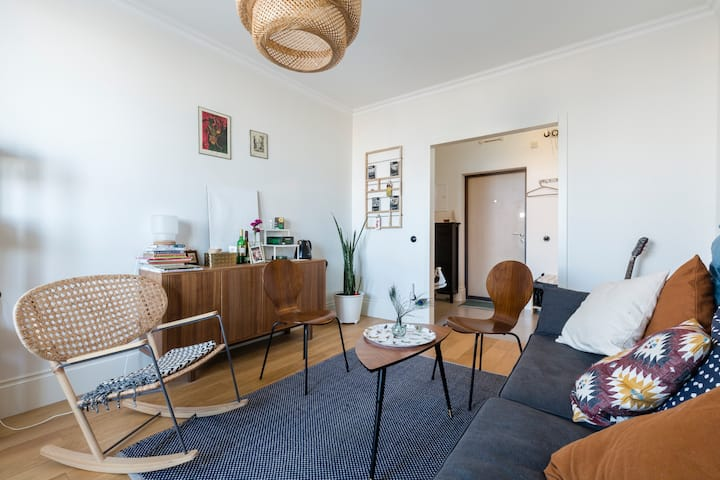 Spacious scandi styled 1bd apts on the city north
