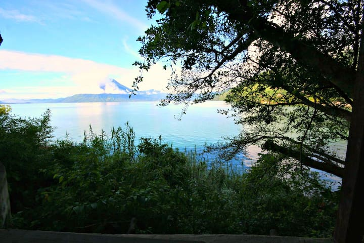 Lakefront One Bedroom House Best Sunset views - Santa Cruz la Laguna - Wohnung