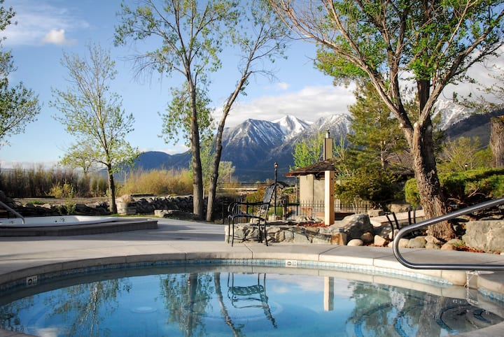 Outdoor Hot Springs & Pool. Historic Resort w/ Stunning Mountain Views.