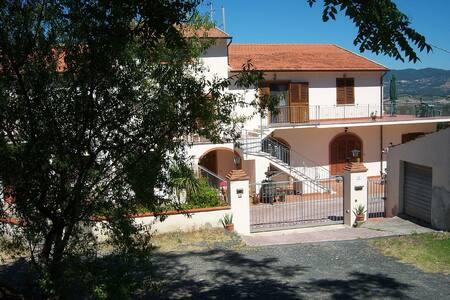 Villa Saracino Apartment 4 - Rosignano Marittimo - Apartamento
