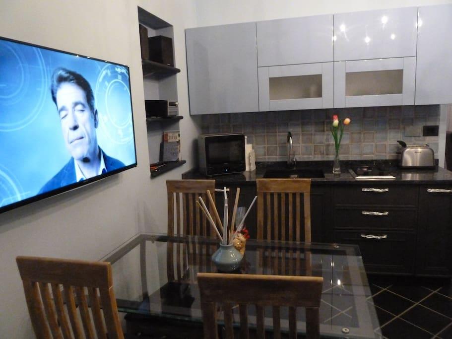 "kitchen..a flat TV 40 """