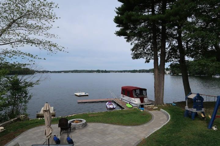 Webster Lake, Lake House