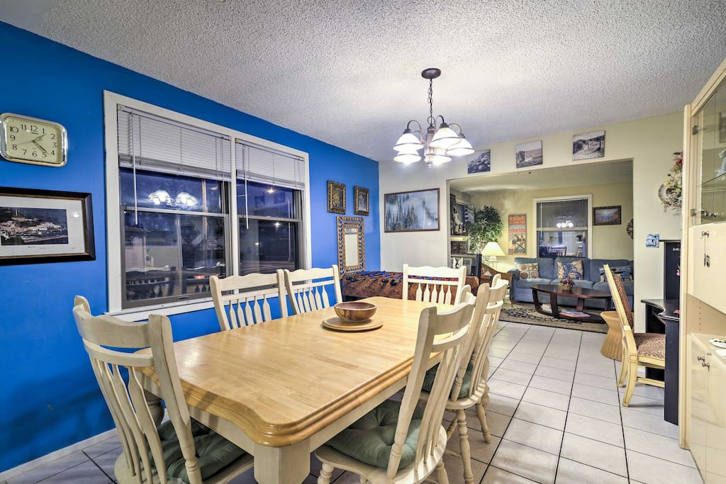 Located just 2 blocks from the famous Seaside Heights boardwalk, this 1,200-square-foot home comfortably accommodates 8 guests.