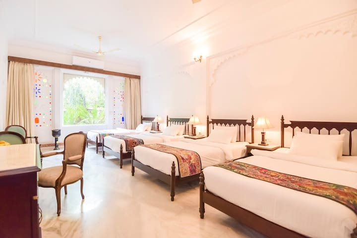 The Bachelor Suite at Raj Kuber