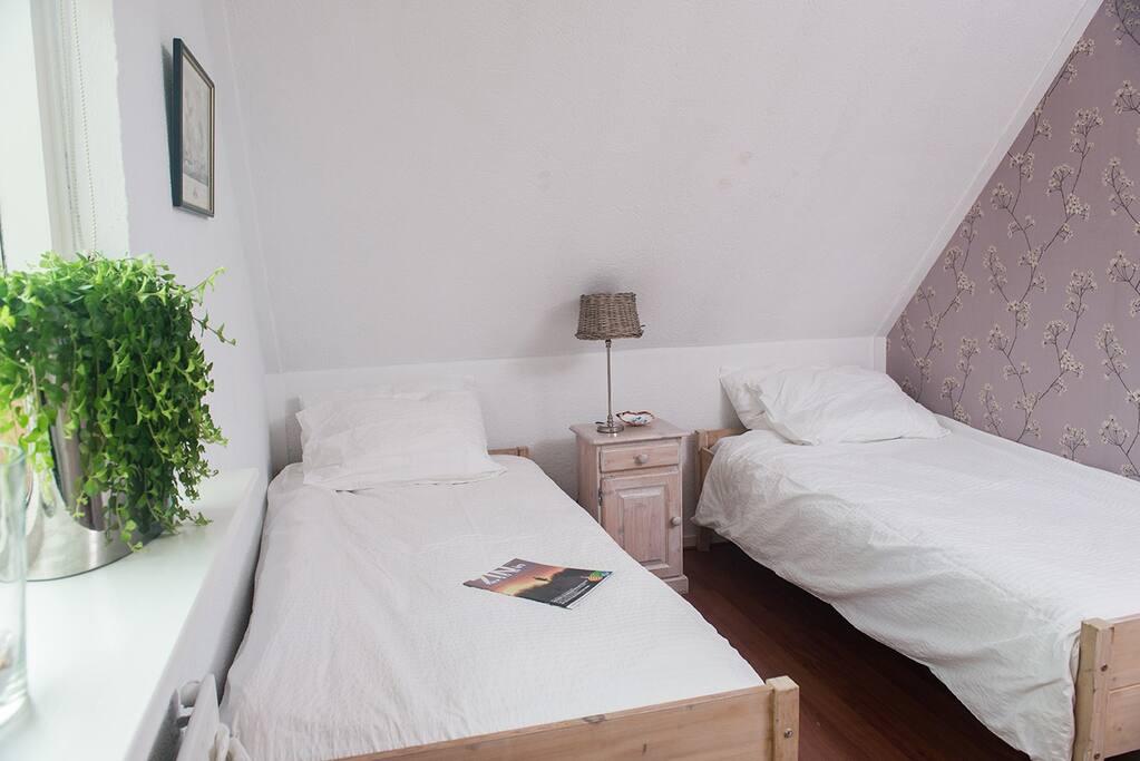 2 x 1 pers bedden