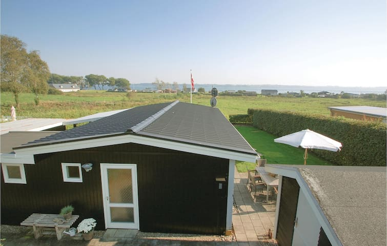 Holiday cottage with 2 bedrooms on 62m² in Aabenraa