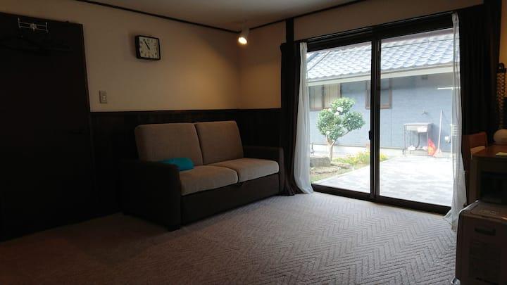 HOMESTAY TORAICHI Japanese old house Western room