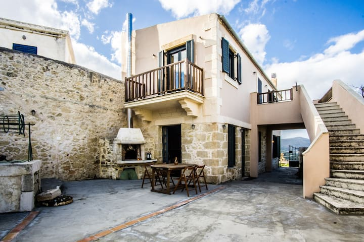 Beautiful&Spacious Holiday Cottage near Heraklion