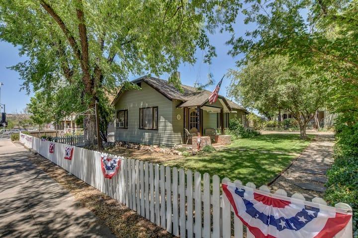 Pleasant Street Cottages (West)