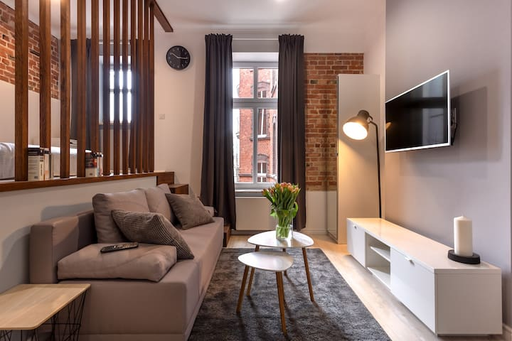 3 beautiful apartments by the Old Market Square