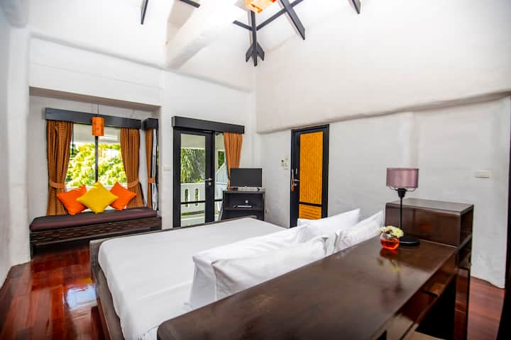 Punnpreeda Beach Resort Deluxe Room